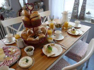 Breakfast Houses in Ventura